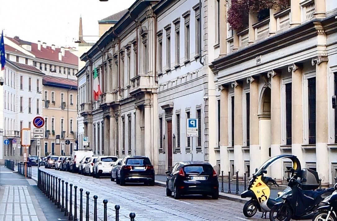 Ufficio – Adiacente Piazza della Scala
