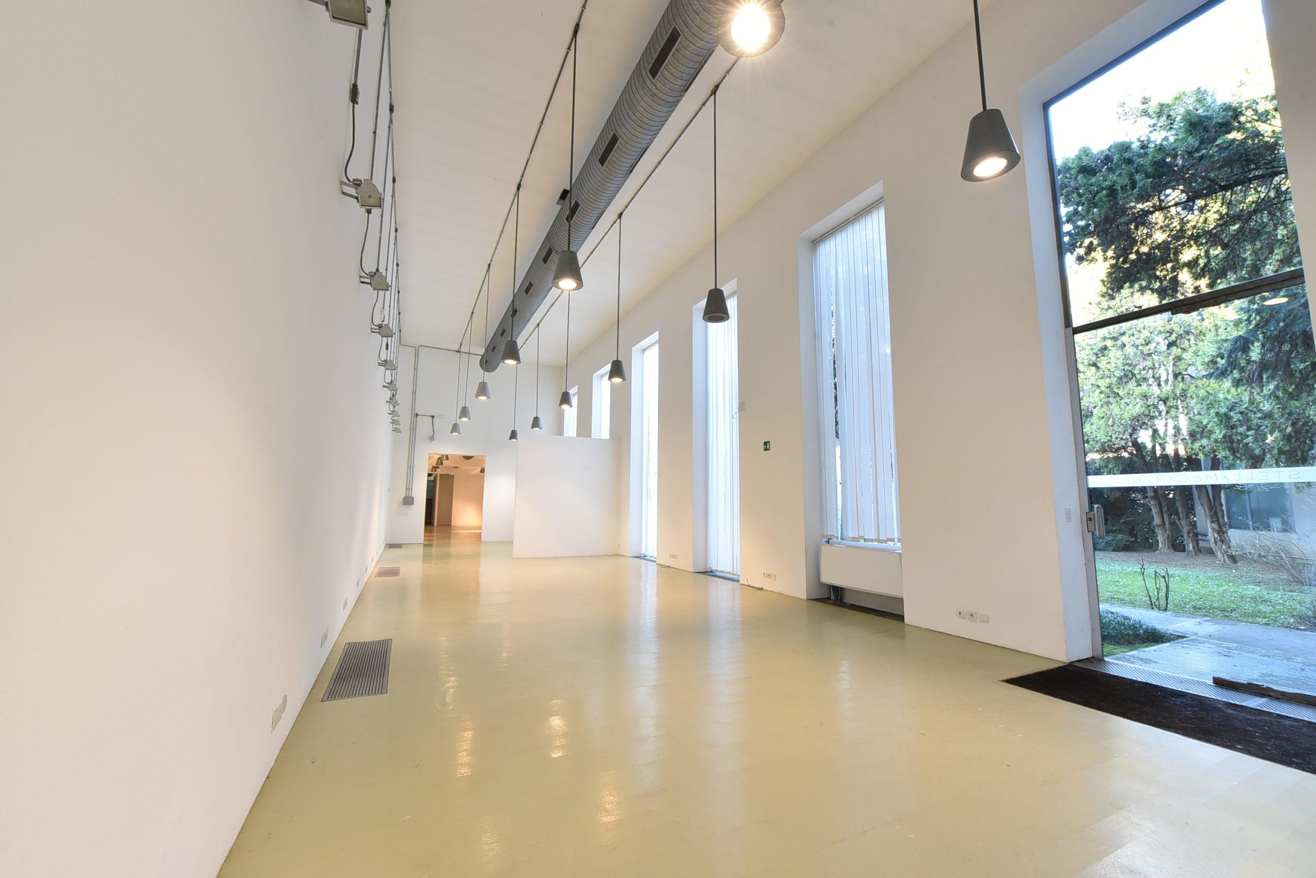 Ufficio – Show room – Architettura Minimale – Via Tortona