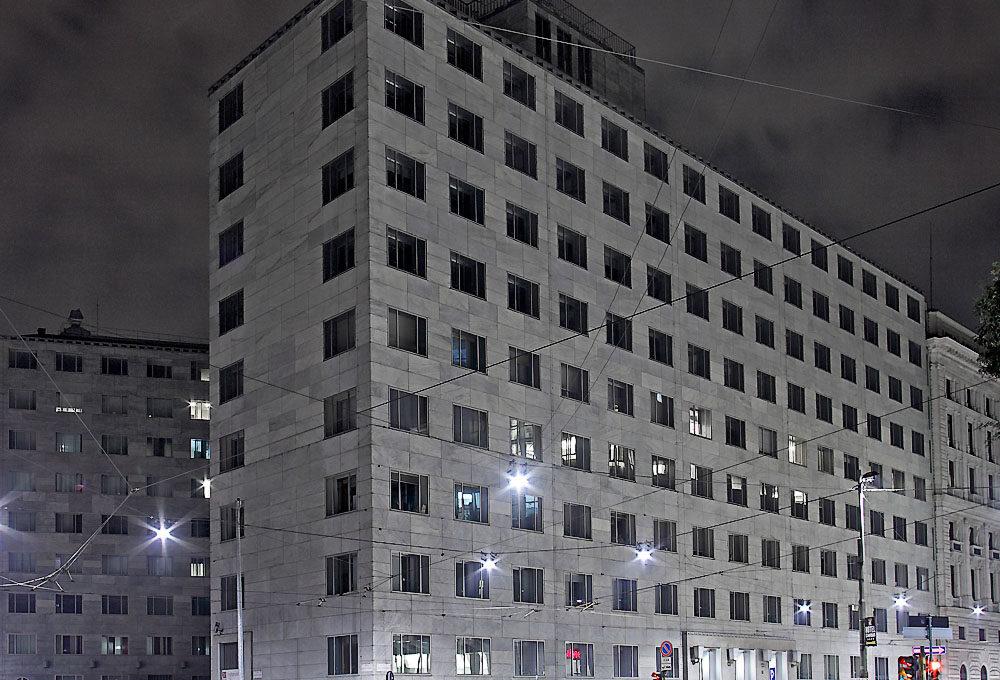 gio-ponti-palazzo-montecatini-milano-1936-4ced2c3d-a608-4dfa-9d28-b01621b5f4bd